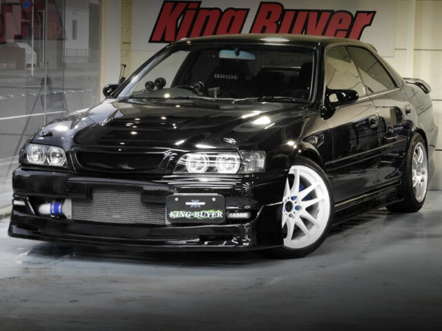 FRONT EXTERIOR OF JZX100 CHASER TOURER-V with LEXUS BLACK PAINT.