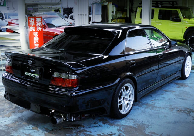 REAR EXTERIOR OF JZX100 CHASER TOURER-V with LEXUS BLACK PAINT.