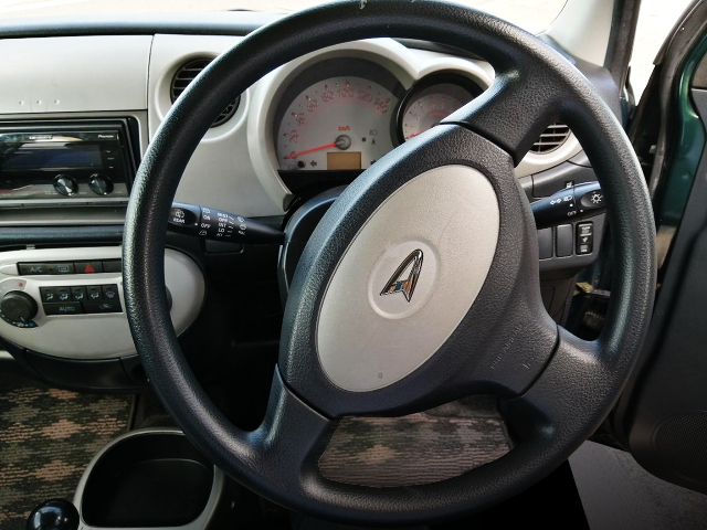 DRIVER'S STEERING AND DASHBOARD OF L650S MIRAGINO