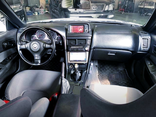 LEFT HAND DRIVE CONVERSION of R34 GT-R INTERIOR.