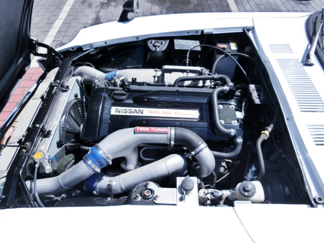 RB26 2.6L TWIN TURBO ENGINE into HLS30 DATSUN 240Z ENGINE ROOM.