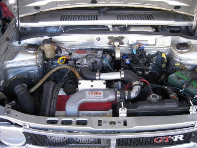 F5A 550cc TWINCAM TURBO ENGINE.