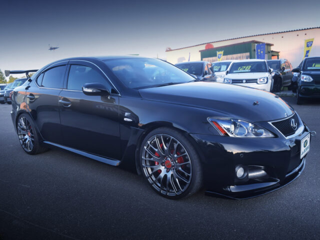 FRONT EXTERIOR OF USE20 LEXUS IS F.