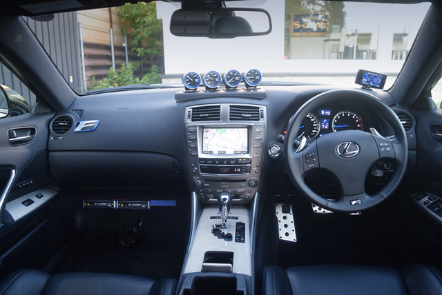 DASHBOARD of USE20 LEXUS IS F.
