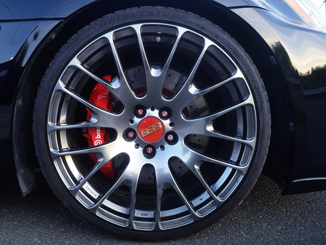 BBS FRONT WHEEL and Brembo FRONT BRAKE CALIPER.