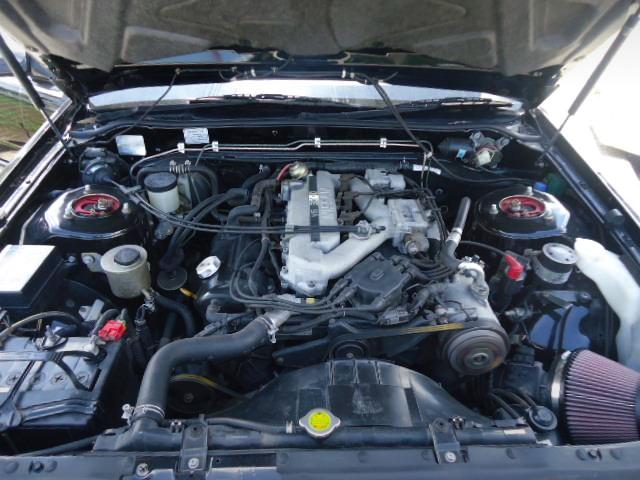 VG30 3000cc V6 NATURALLY ASPIRATED ENGINE.