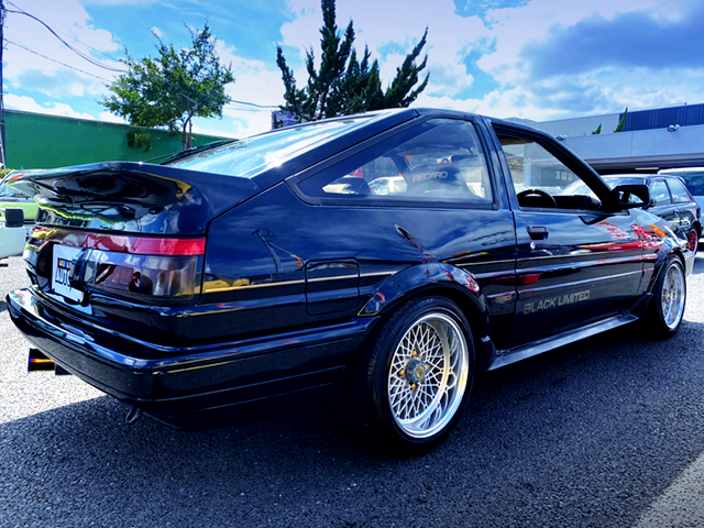 REAR EXTERIOR OF AE86 BLACK LIMITED.
