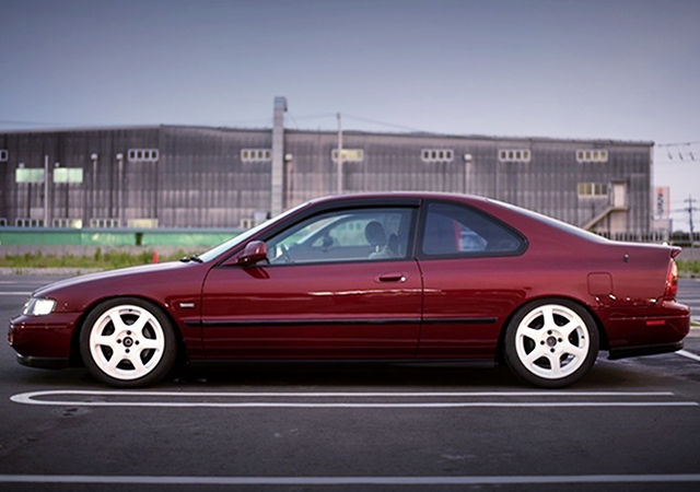 LEFT SIDE EXTERIOR of CD8 ACCORD COUPE SiR.