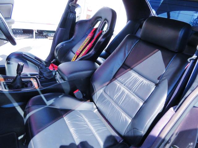DRIVER'S SEMI BUCKET SEAT onto C35 LAUREL INTERIOR.