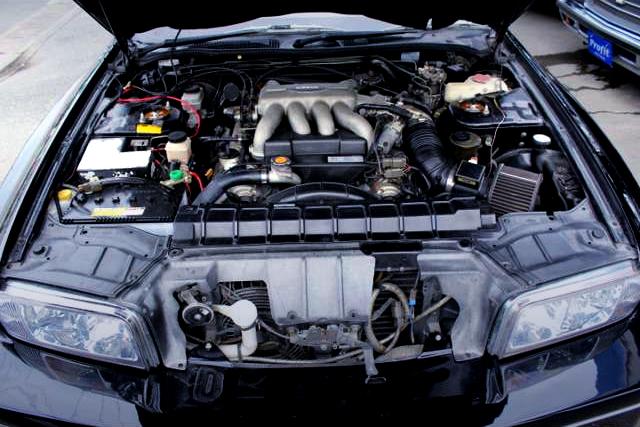 VH45DE 4500cc V8 ENGINE.