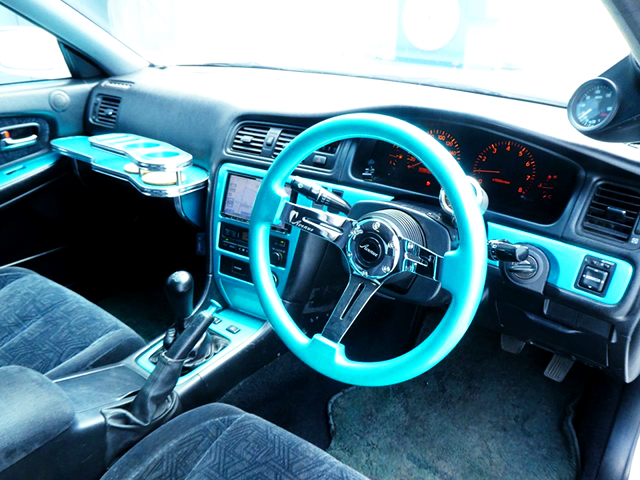 DASHBOARD and STEERING of JZX100 CHASER.