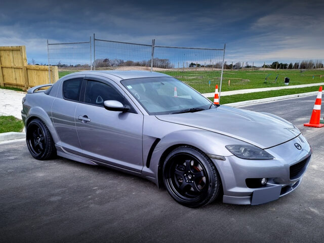 FRONT RIGHT-SIDE EXTERIOR of MAZDA RX-8.