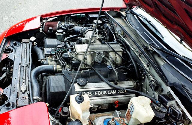 1UZ-FE 4000cc V8 ENGINE into 1st Gen MAZDA MX-5 ENGINE ROOM.