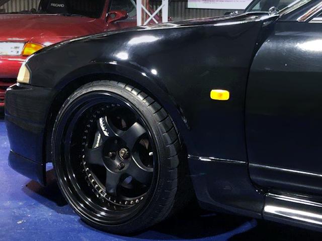 GARAGE ACTIVE FRONT WIDE FENDER for R33 GT-R.