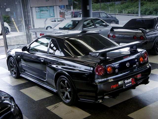 REAR EXTERIOR of R34 GT-R M-SPEC.