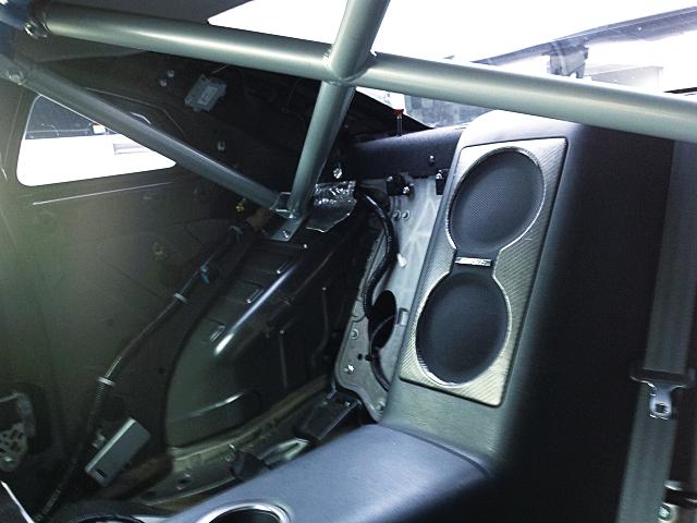BACKSEAT DELETE of R35 GT-R INTERIOR.