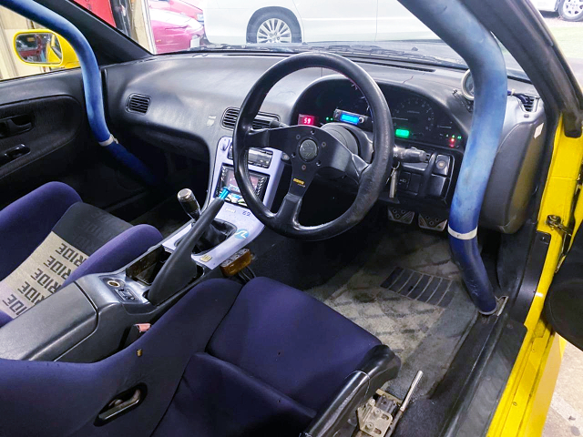 DRIVER'S SIDE INTERIOR of SILEIGHTY.