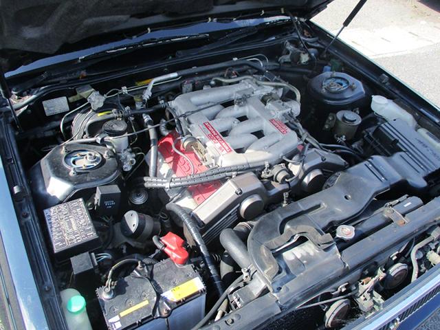 VG20DET 2000cc V6 TURBO ENGINE.