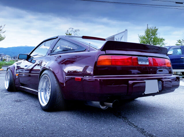 REAR EXTERIOR of Z31 NISSAN 300ZX.