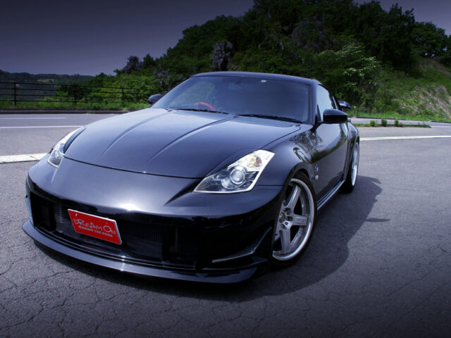 FRONT EXTERIOR of Z33 FAIRLADY Z Version T.