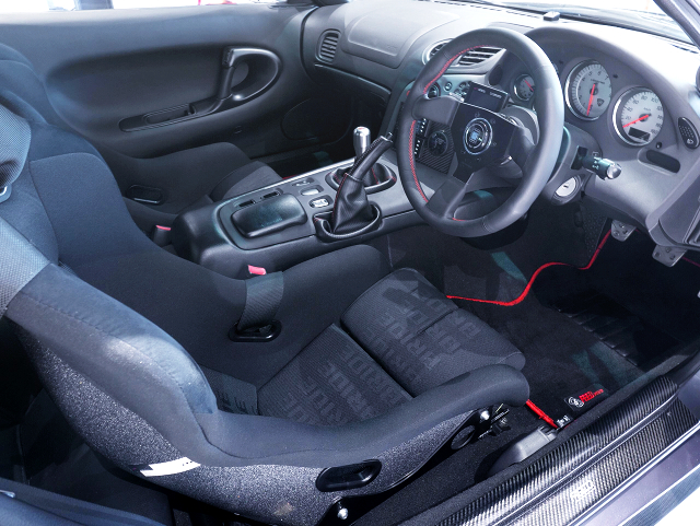 DRIVER'S SIDE INTERIOR of FD3S RX-7 SPIRIT-R TYPE-A.