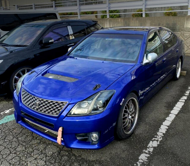 FRONT LEFT EXTERIOR of JZS161 ARISTO with 200 CROWN FRONT END CONVERSION.