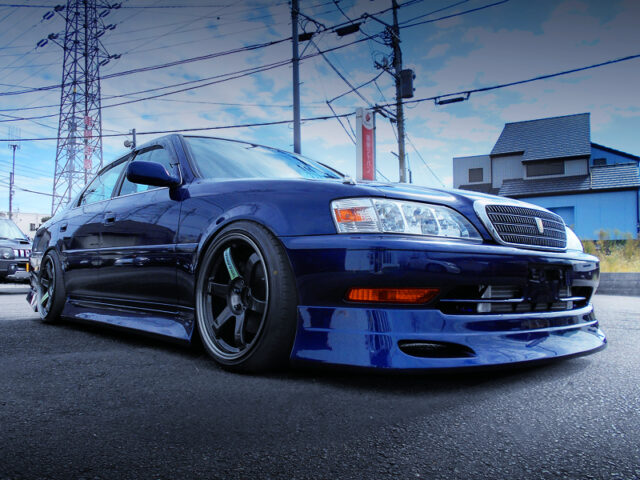 FRONT EXTERIOR of JZX100 CRESTA ROULANT S.