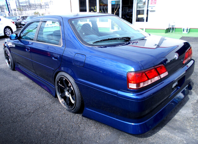 REAR EXTERIOR of JZX100 CRESTA ROULANT S.