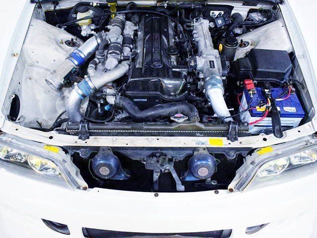 2JZ-GTE 3.0L TWIN TURBO ENGINE into JZX100 CHASER ENGINE ROOM.
