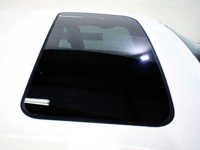 SUNROOF of JZX100 CHASER.