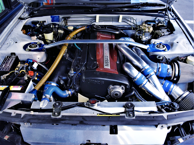 GT2530 TWIN TURBOCHARGED RB26DETT ENGINE.
