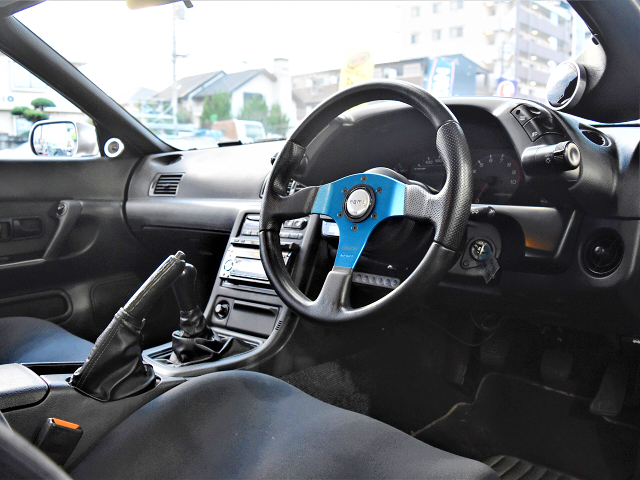 DRIVER'S DASHBOARD of R32 GT-R INTERIOR.